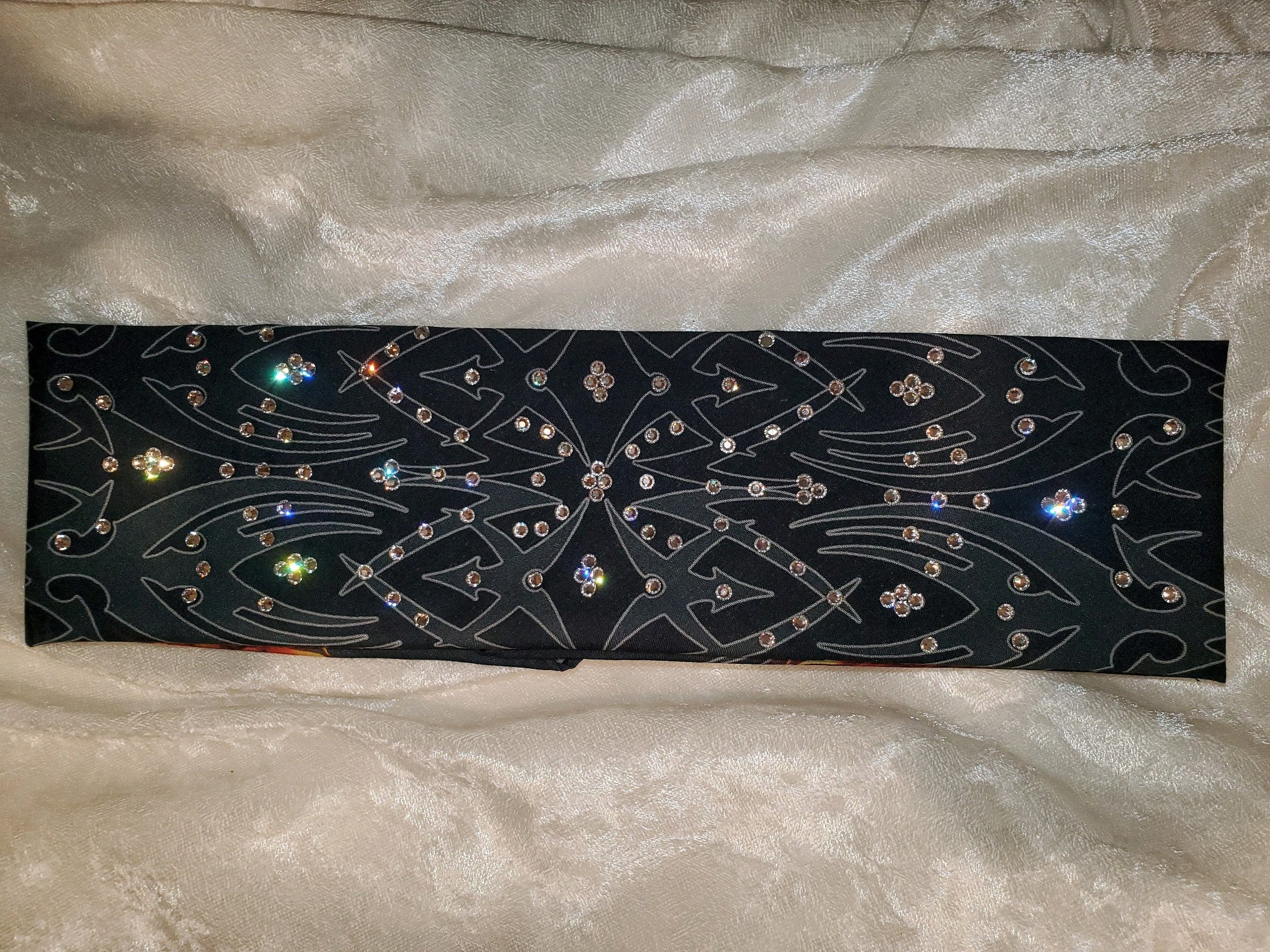 Tribal Bandana with Clear Crystals (Sku1681)