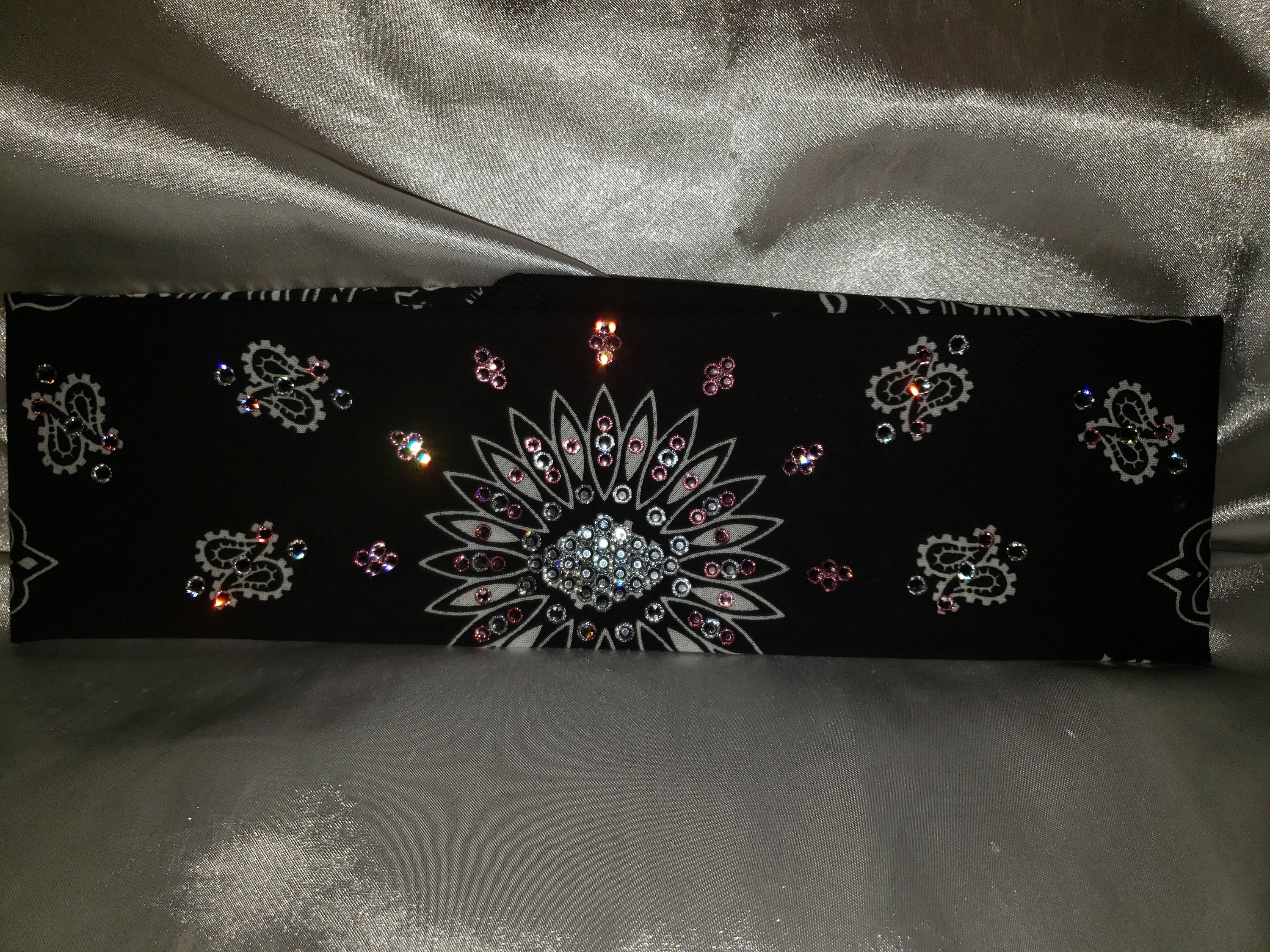 Black Paisley with Clear Diamond Center and Light Pink Swarovski Crystals (Sku1912)