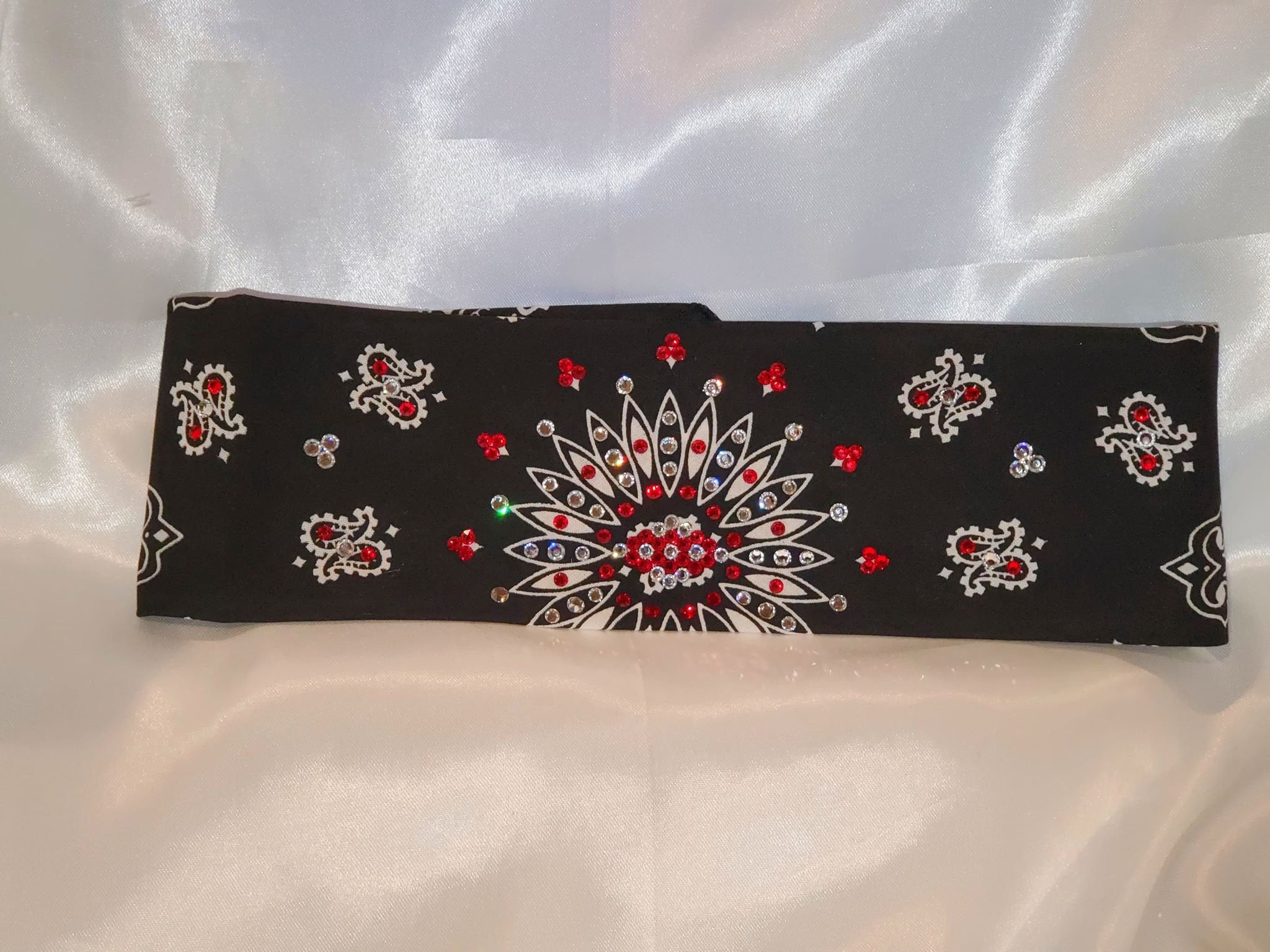 Black Paisley with Red and Diamond Clear Swarovski Crystals (Sku1923)