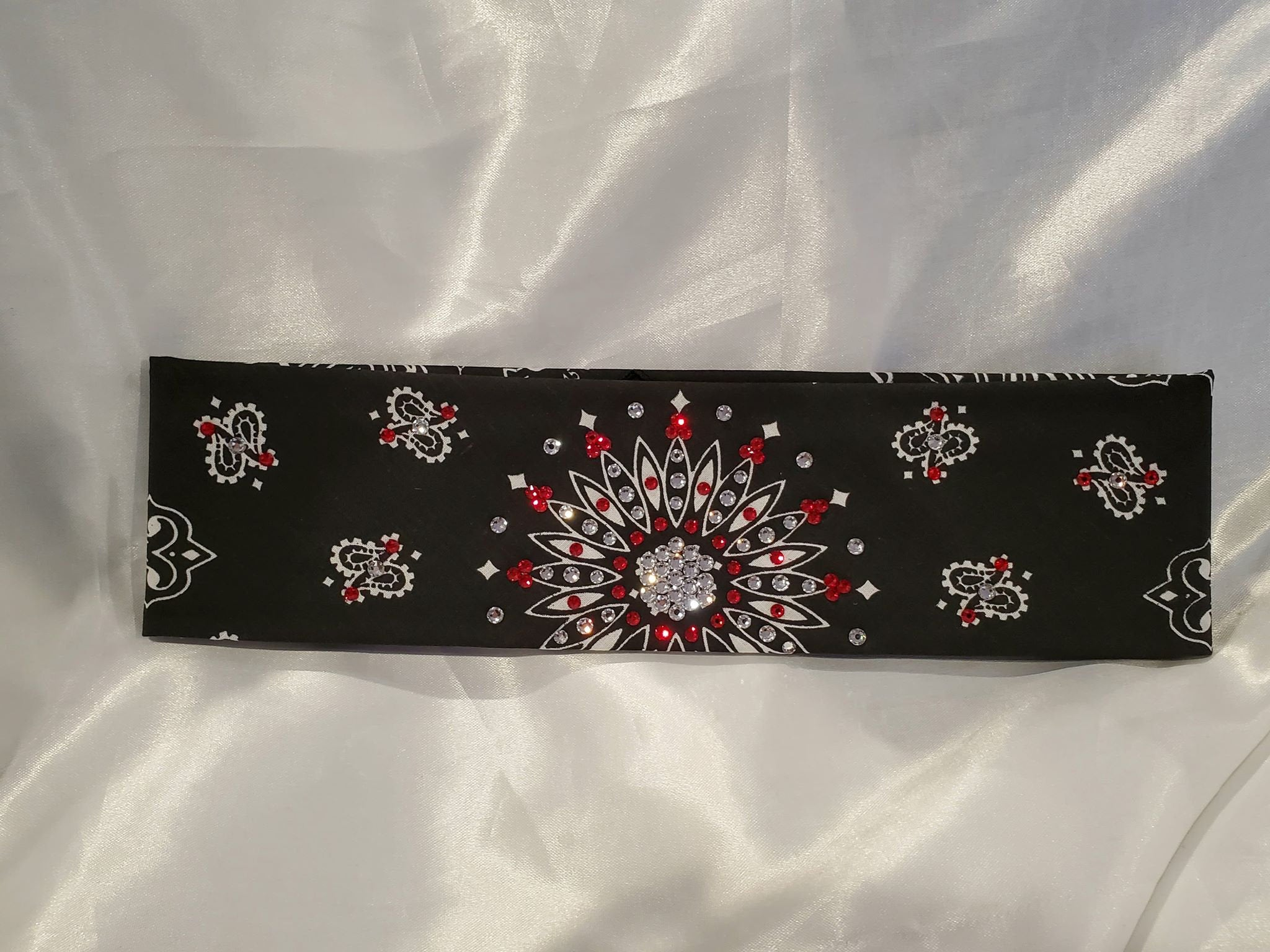 Black Paisley With Red and Diamond Clear Swarovski Crystals (Sku1927)