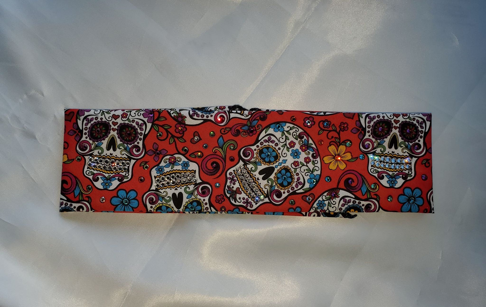Red Sugar Skull with Crystals (Sku1057)