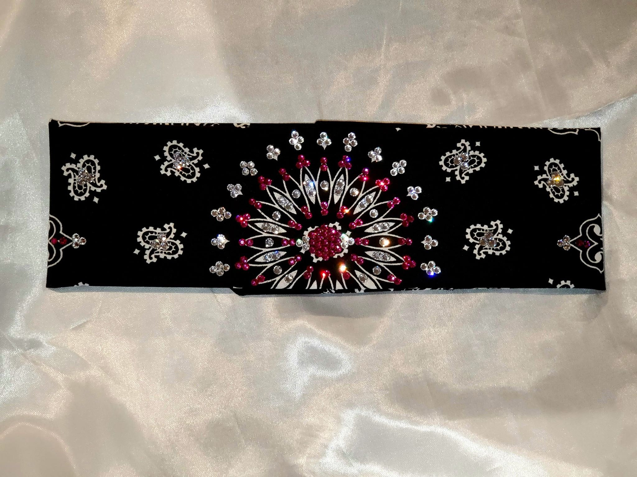 EXTRA BLING - Black Paisley With Fuchsia and Diamond Clear Swarovski Crystals (Sku4604)