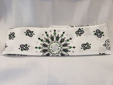 White Paisley with Dark Green and Diamond Clear Swarovski Crystals (Sku2018)