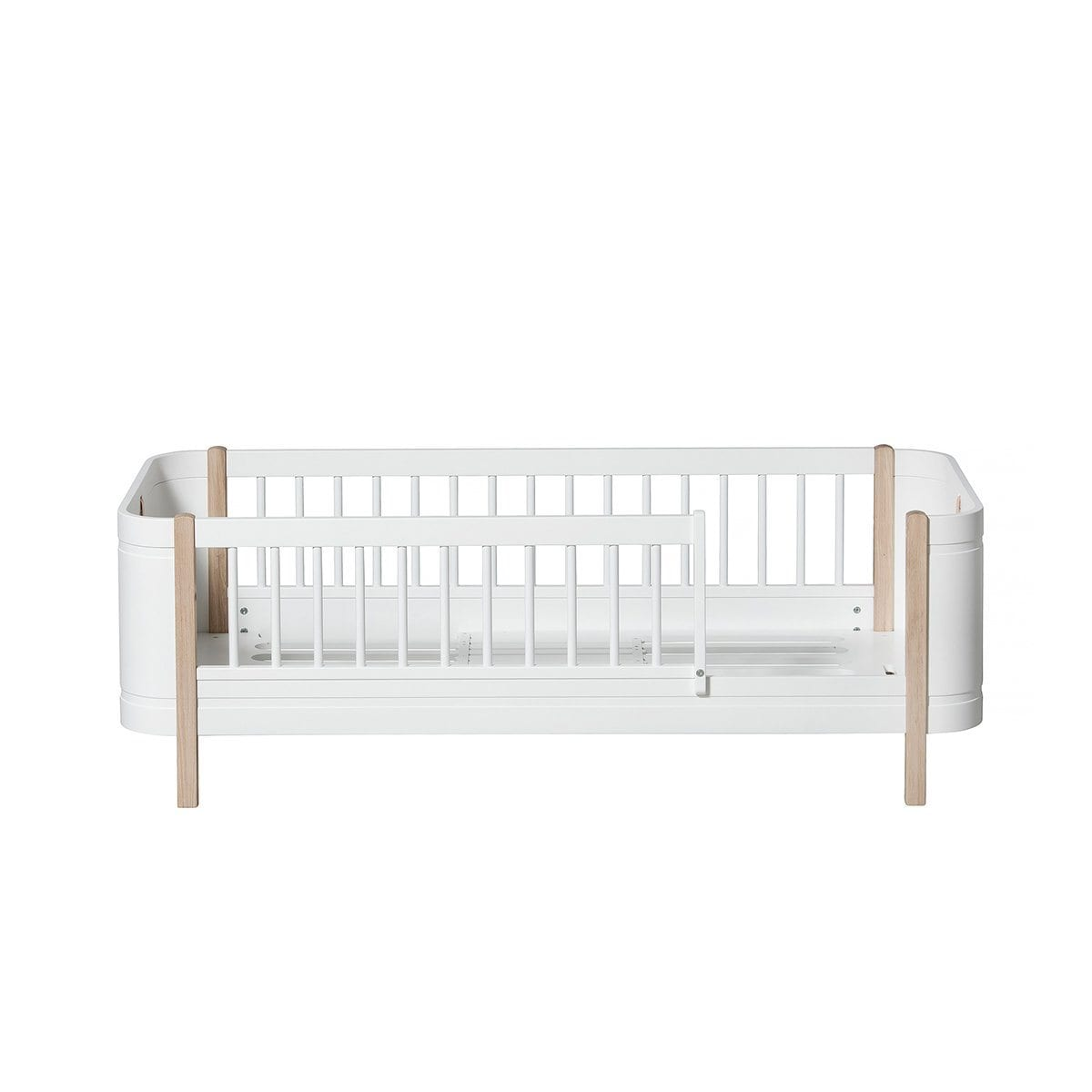Oliver Furniture Wood Collection Mini+ Junior Bed - White & Oak