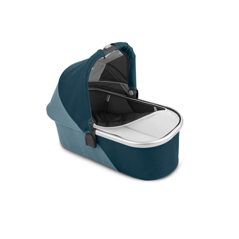 Uppababy V2 Carrycot - Finn