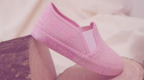 Tênis Infantil Let's Hug The Planet Slip On Rosa