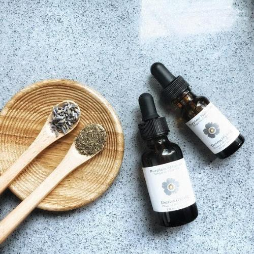 DETOXIFYING Face Serum - Natuer House