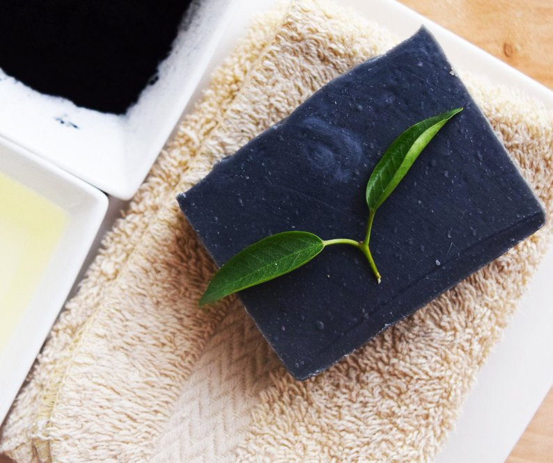 BLACK DETOX SOAP | Handmade Natural - Natuer House
