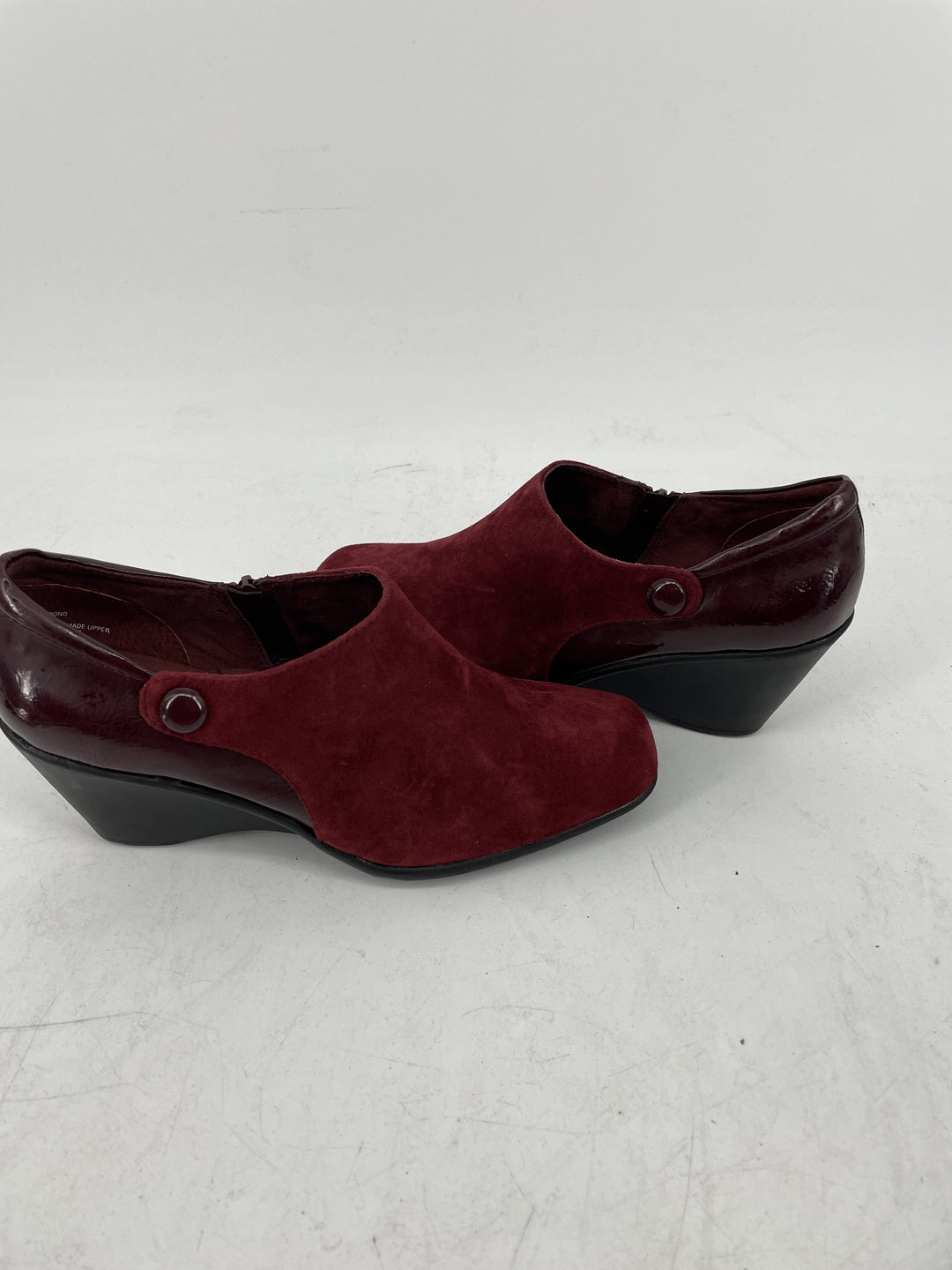Photo #1 - brand: white mountain , style: shoes low heel , color: maroon , size: 8 , other info: new! , sku: 128-3212-49071