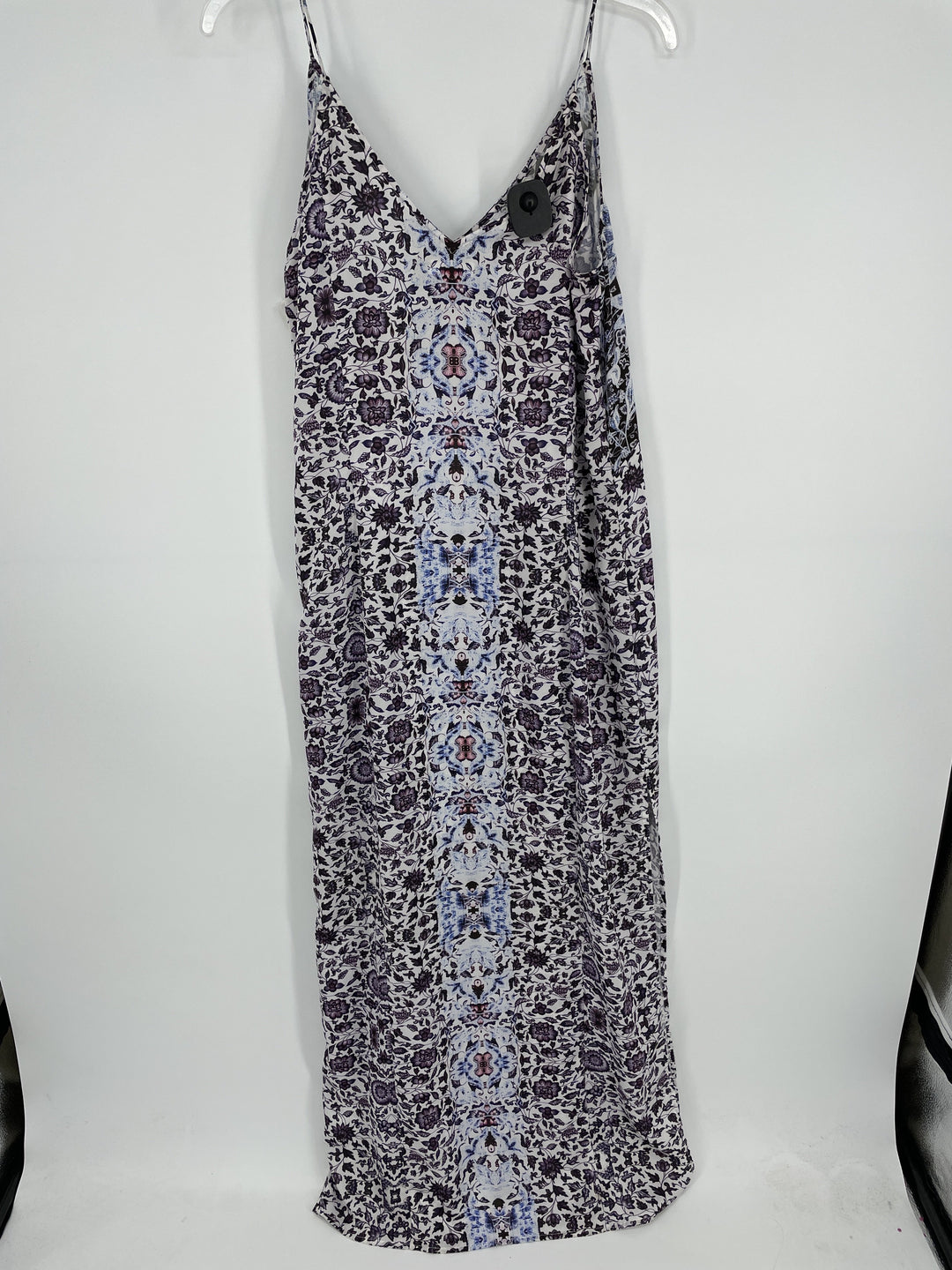 Photo #1 - brand:    chelsea 28, style: dress long sleeveless , color: floral , size: m , other info: chelsea 28 - , sku: 128-3182-7042