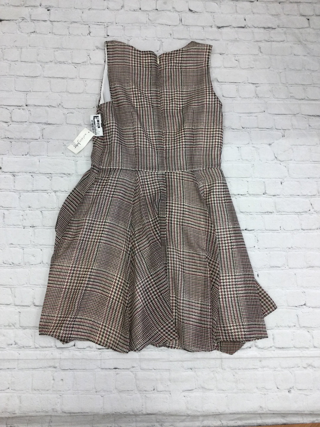 Photo #1 - brand: maison jules , style: dress short sleeveless , color: houndstooth , size: 10 , sku: 125-4655-4837