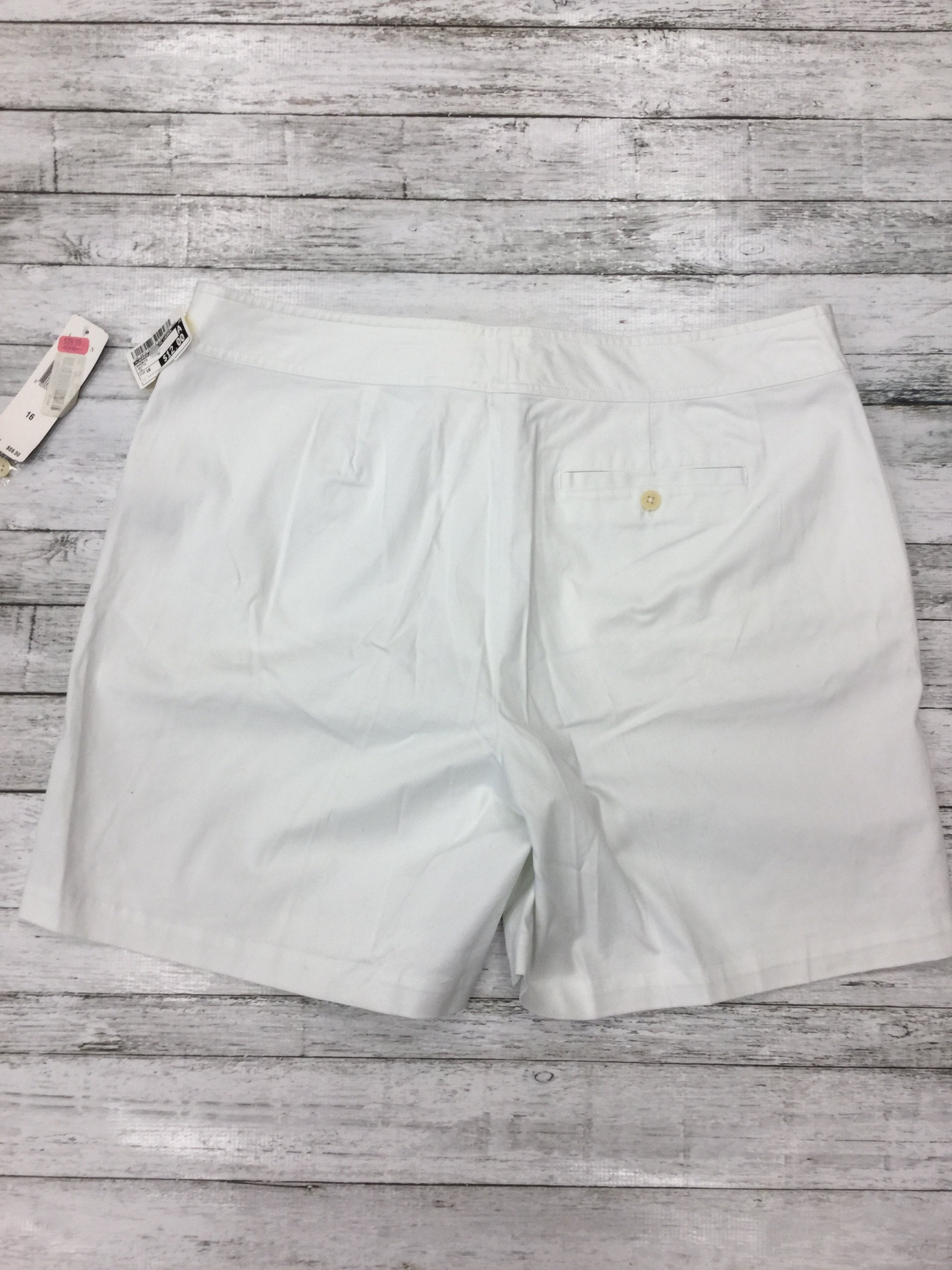 Photo #1 - brand: lauren by ralph lauren , style: shorts , color: white , size: 16 , sku: 125-4870-5257