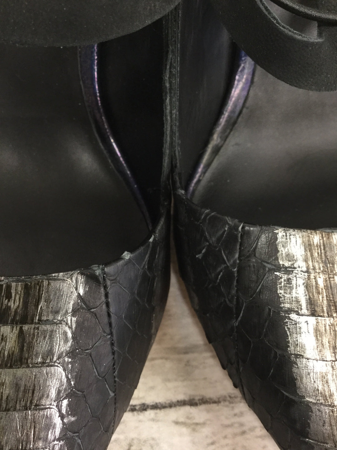 Photo #5 - brand: lamb , style: shoes high heel , color: black silver , size: 9 , sku: 127-4559-16105, , heels by lamb in good condition. zipper in back.