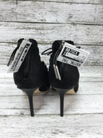Photo #4 - brand: lamb , style: shoes high heel , color: black silver , size: 9 , sku: 127-4559-16105, , heels by lamb in good condition. zipper in back.