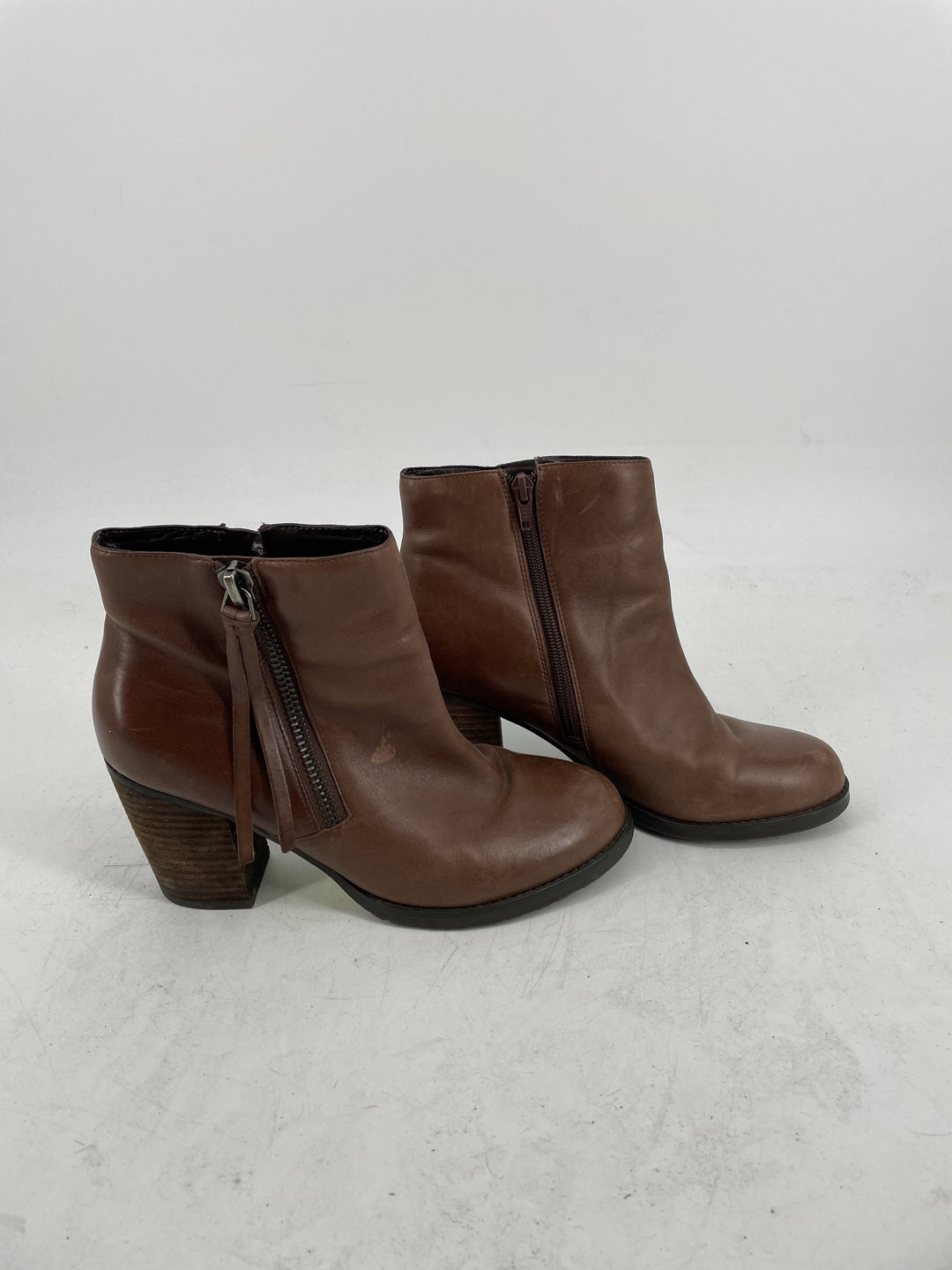 Photo #1 - brand: marc fisher , style: boots ankle , color: brown , size: 9 , sku: 128-3212-42574