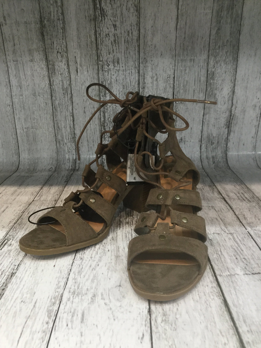 Primary Photo - brand: dolce vita , style: sandals high , color: taupe , size: 8 , other info: new! , sku: 128-4287-47433