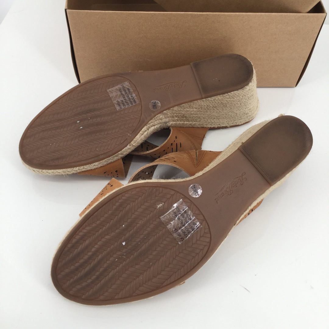 Lucky Brand Sandals Sz:12 - <p>these are super nice gently used wedge sandals from lucky brand. in a nice mid tone brown they will go with almost any summer outfit.</p>