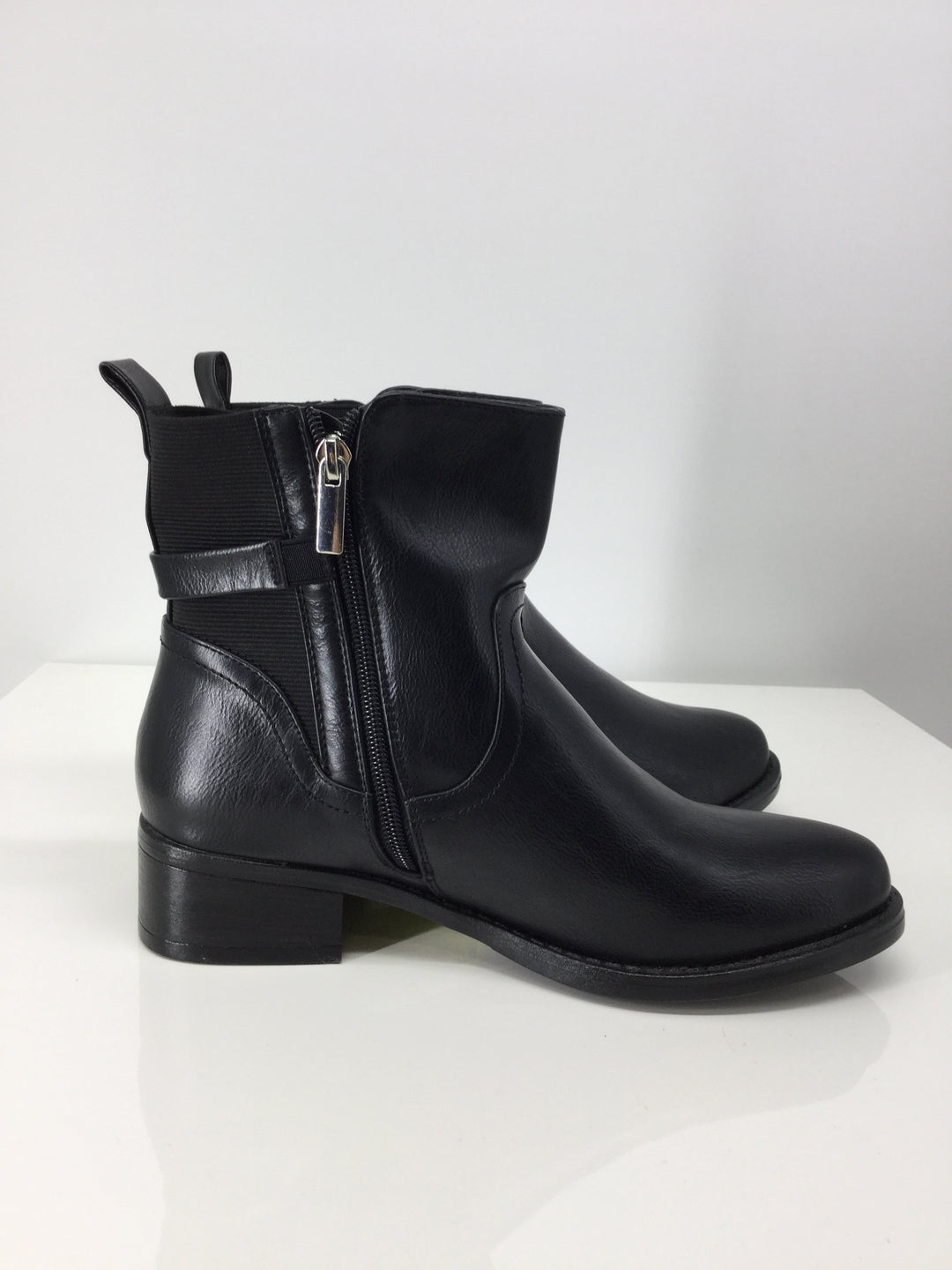 Photo #3 - brand: catherines , style: boots ankle , color: black , size: 8 , sku: 129-4748-4120