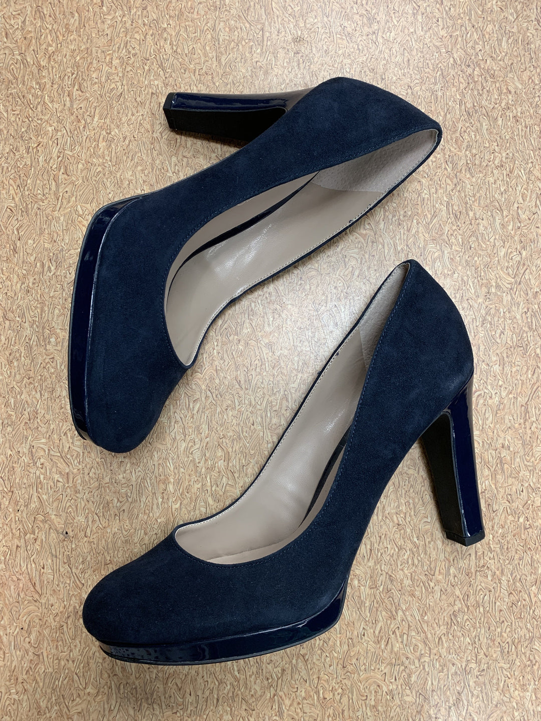 Primary Photo - brand: franco sarto , style: sandals high , color: navy , size: 8 , sku: 125-3916-56379