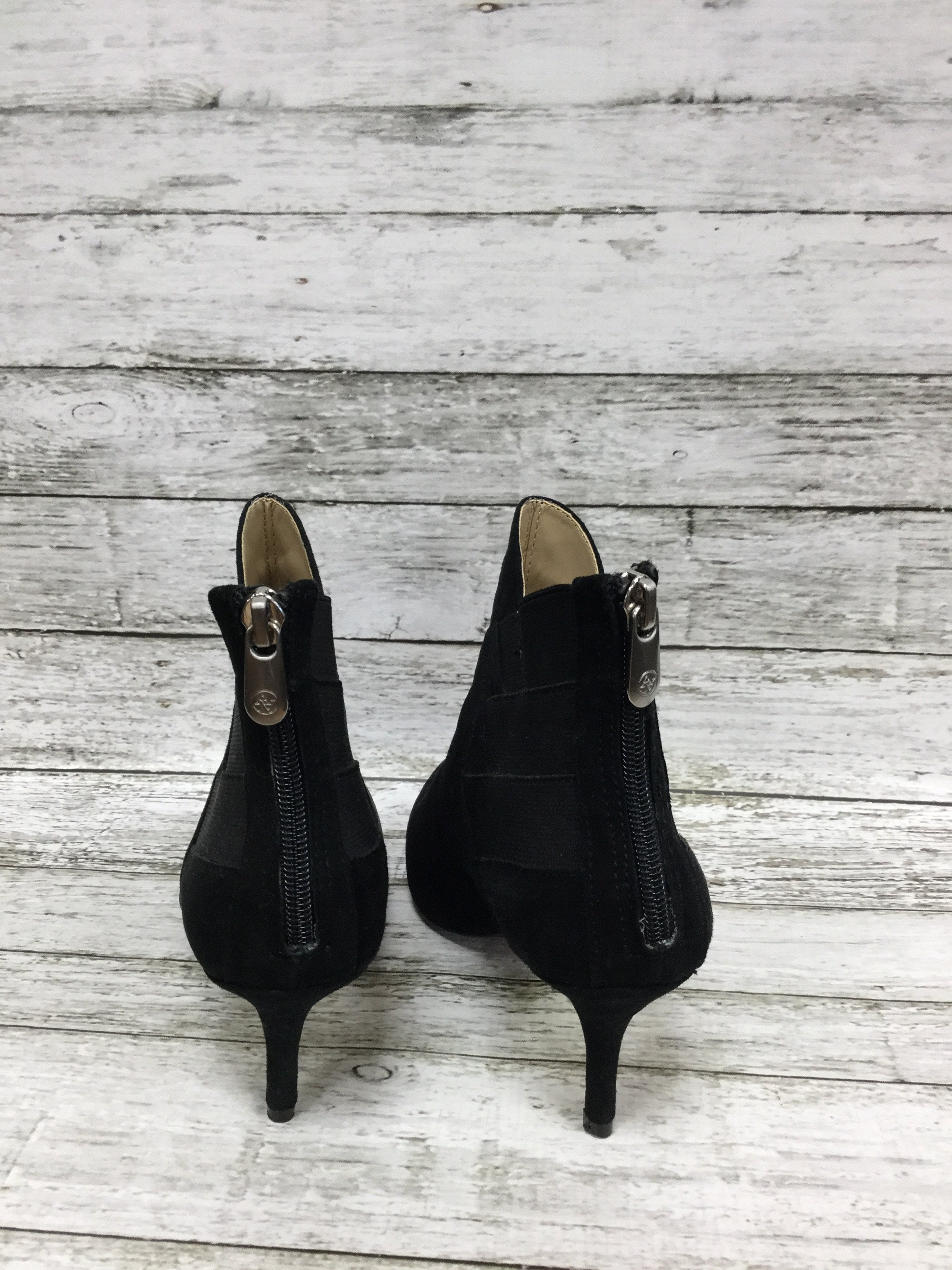 Photo #4 - brand: adrienne vittadini , style: boots ankle , color: black , size: 7.5 , sku: 127-3371-41625, , suede booties with diagonal elastic and suede detail!
