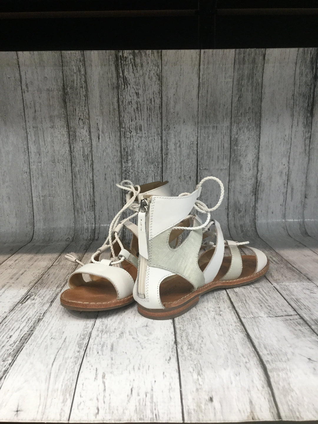 Primary Photo - brand: geox shoes , style: sandals , color: white , size: 8 , sku: 128-4287-46765