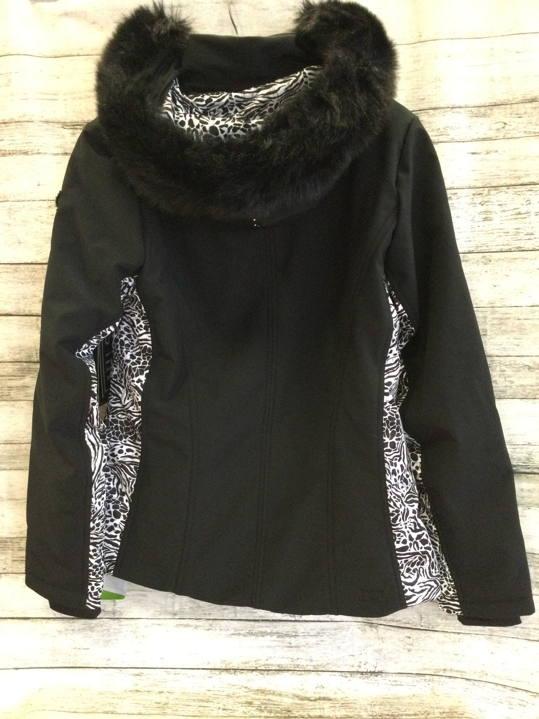 Photo #1 - brand:  cmb , style: jacket outdoor , color: black white , size: 10 , other info: nils - , sku: 129-4748-10768