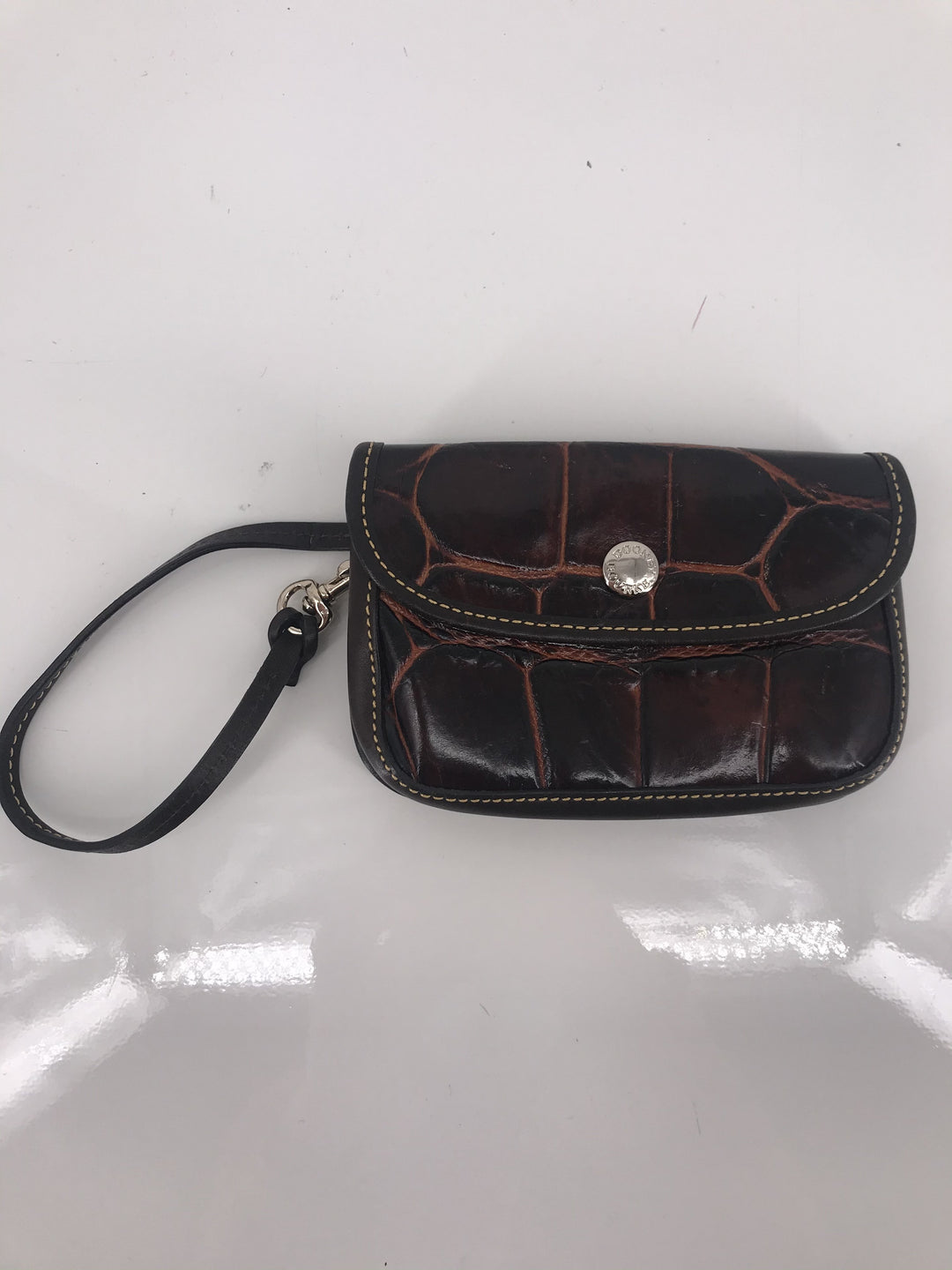 Primary Photo - brand: dooney and bourke , style: wristlet , color: brown , other info: as is , sku: 105-4189-2261