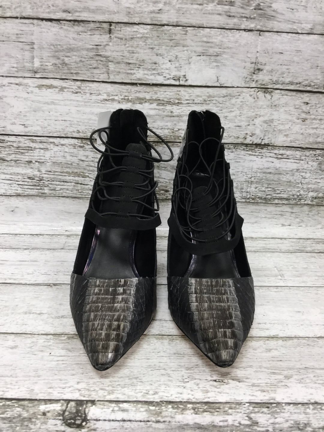 Photo #2 - brand: lamb , style: shoes high heel , color: black silver , size: 9 , sku: 127-4559-16105, , heels by lamb in good condition. zipper in back.