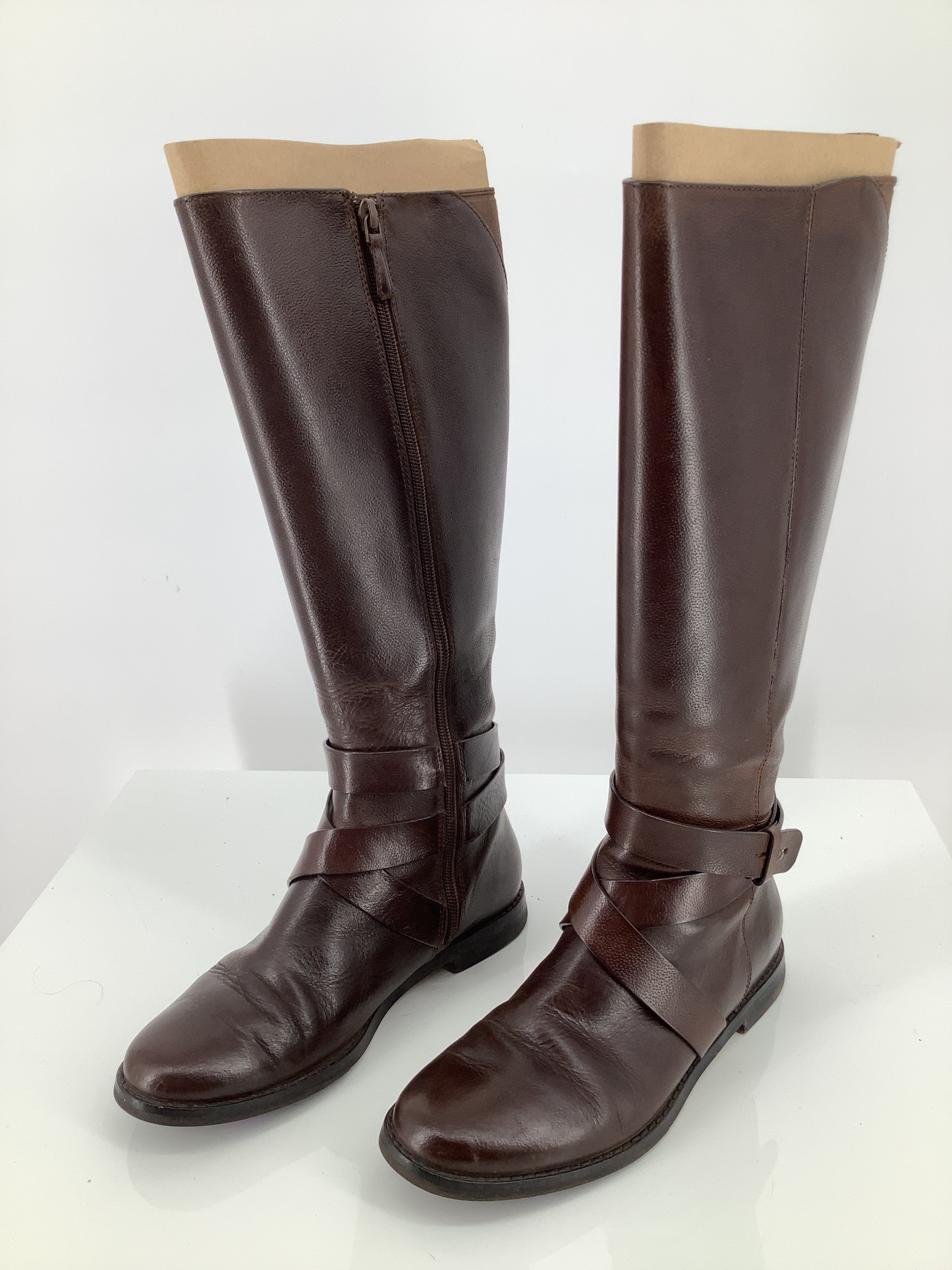 Primary Photo - brand: cole-haan , style: boots knee , color: brown , size: 6 , sku: 105-3221-16793