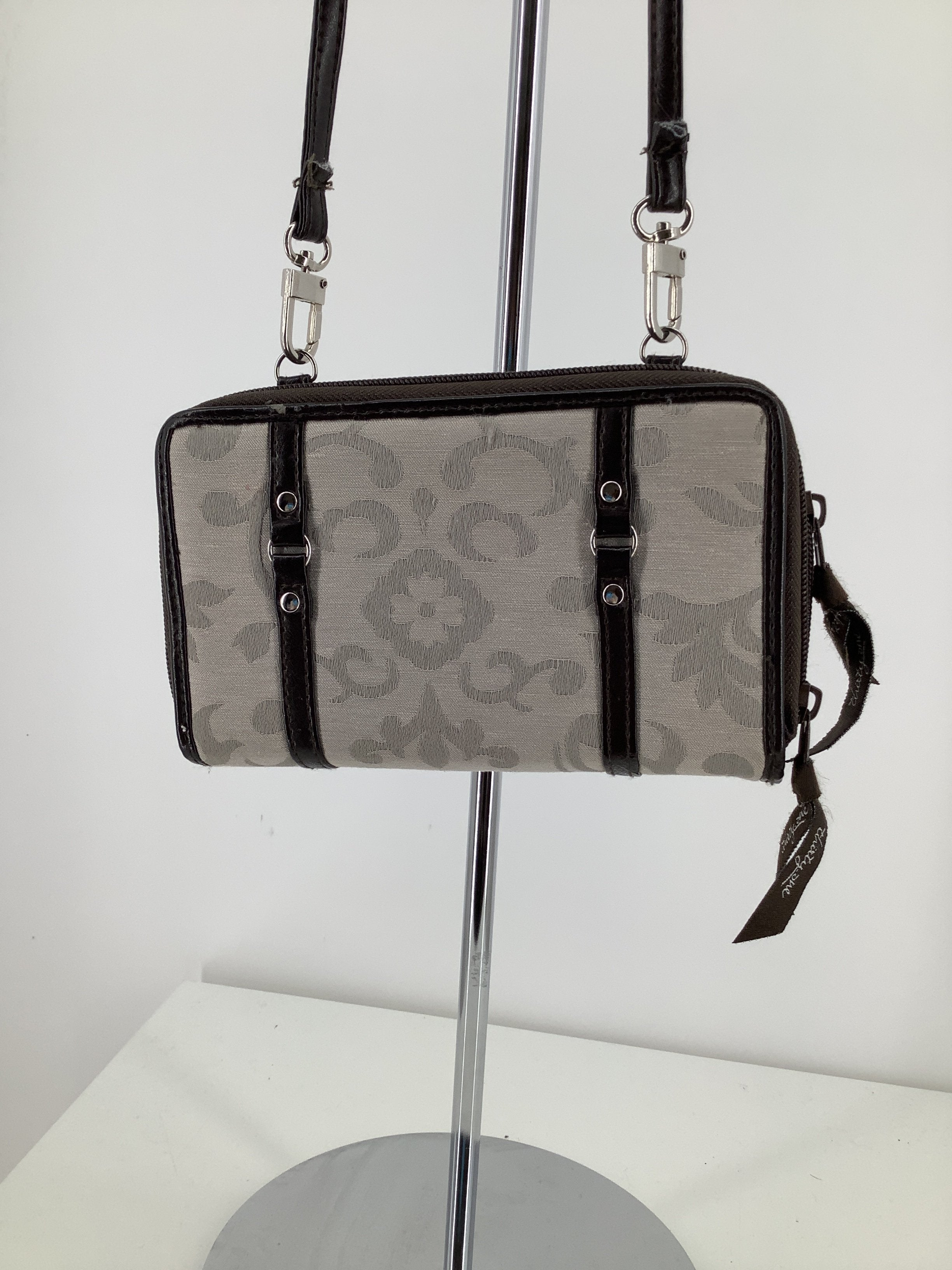 Photo #1 - brand: thirty one , style: crossbody , color: tan , size: small , sku: 105-3221-14867