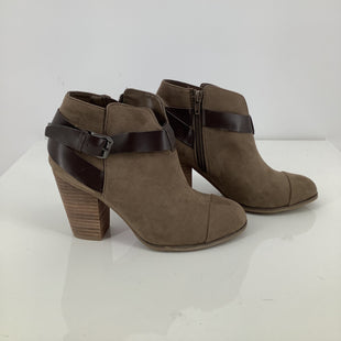 Primary Photo - BRAND: CARLOS SANTANA STYLE: BOOTS ANKLE COLOR: TAUPE SIZE: 6 SKU: 105-3221-14764