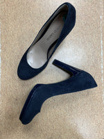 Photo #1 - brand: franco sarto , style: sandals high , color: navy , size: 8 , sku: 125-3916-56379