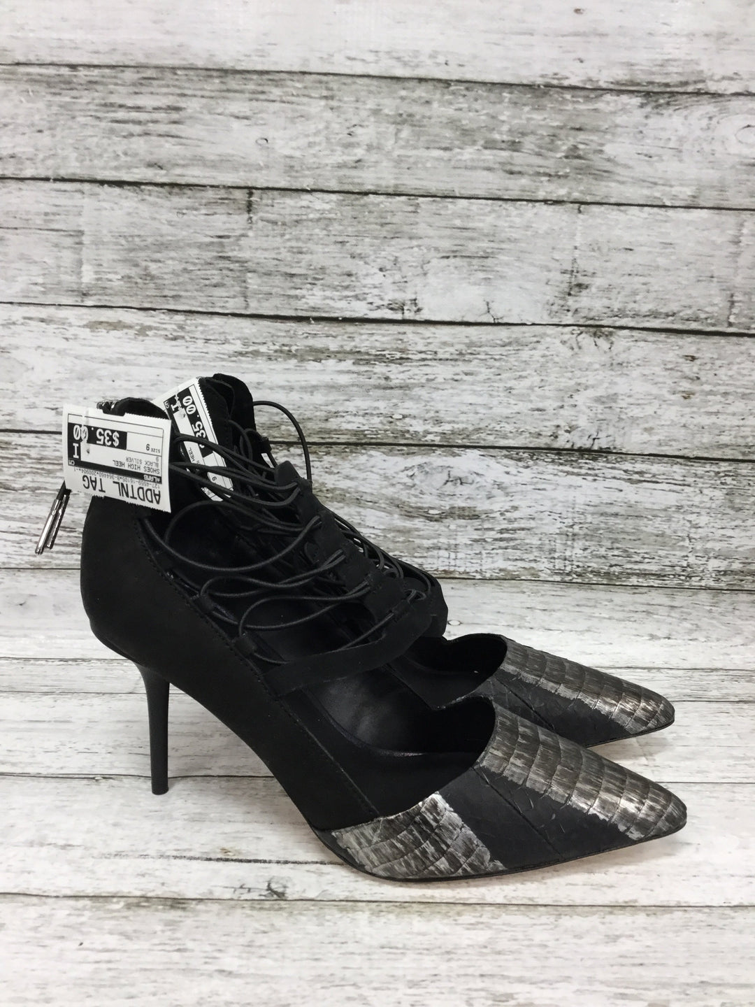 Photo #1 - brand: lamb , style: shoes high heel , color: black silver , size: 9 , sku: 127-4559-16105, , heels by lamb in good condition. zipper in back.