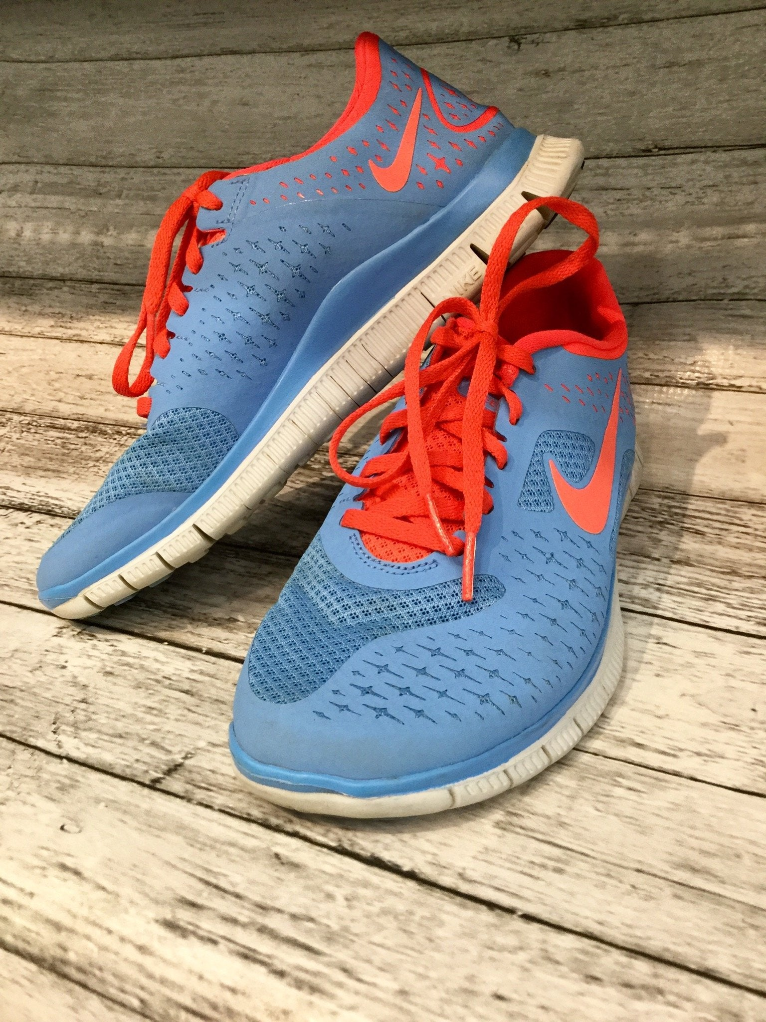 Primary Photo - brand: nike , style: shoes athletic , color: orange blue , size: 6.5 , sku: