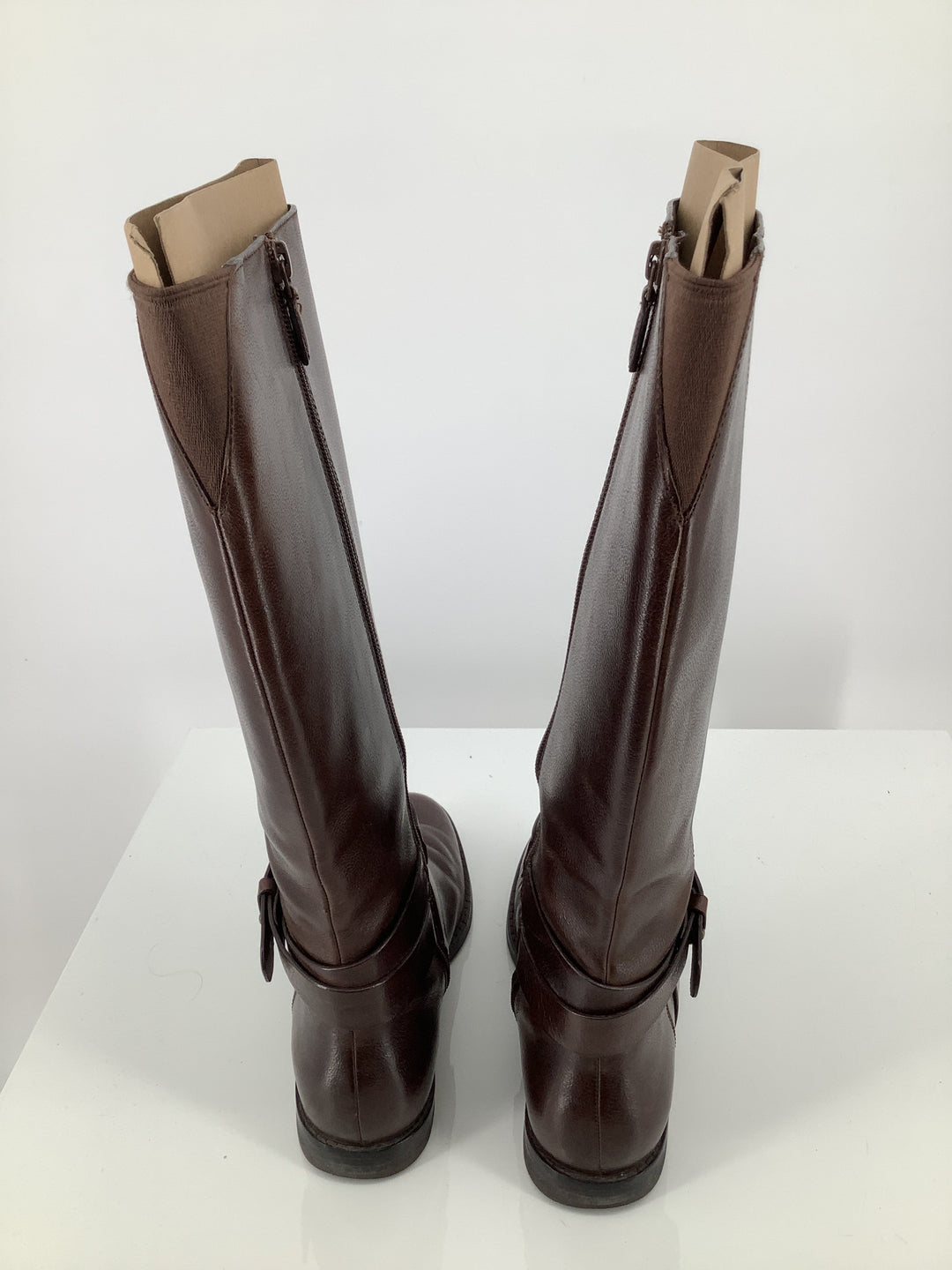 Photo #2 - brand: cole-haan , style: boots knee , color: brown , size: 6 , sku: 105-3221-16793