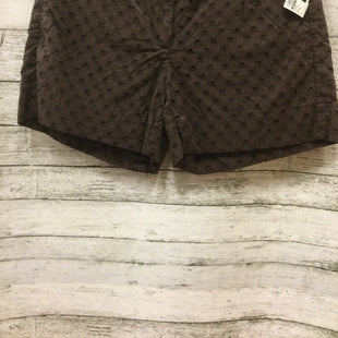 Primary Photo - BRAND: WHITE HOUSE BLACK MARKET STYLE: SHORTS COLOR: BROWN SIZE: 4 SKU: 129-4905-255