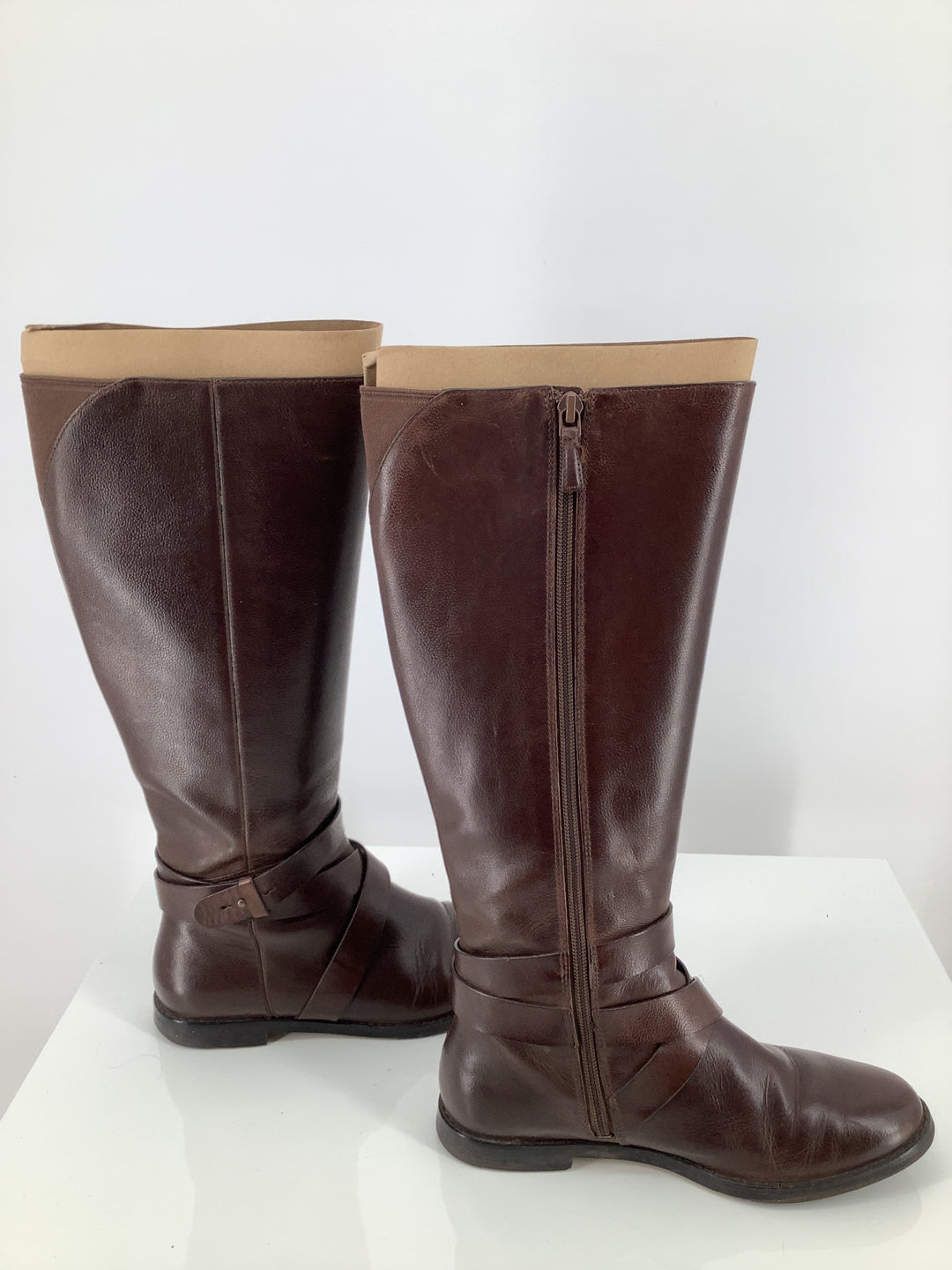 Photo #1 - brand: cole-haan , style: boots knee , color: brown , size: 6 , sku: 105-3221-16793