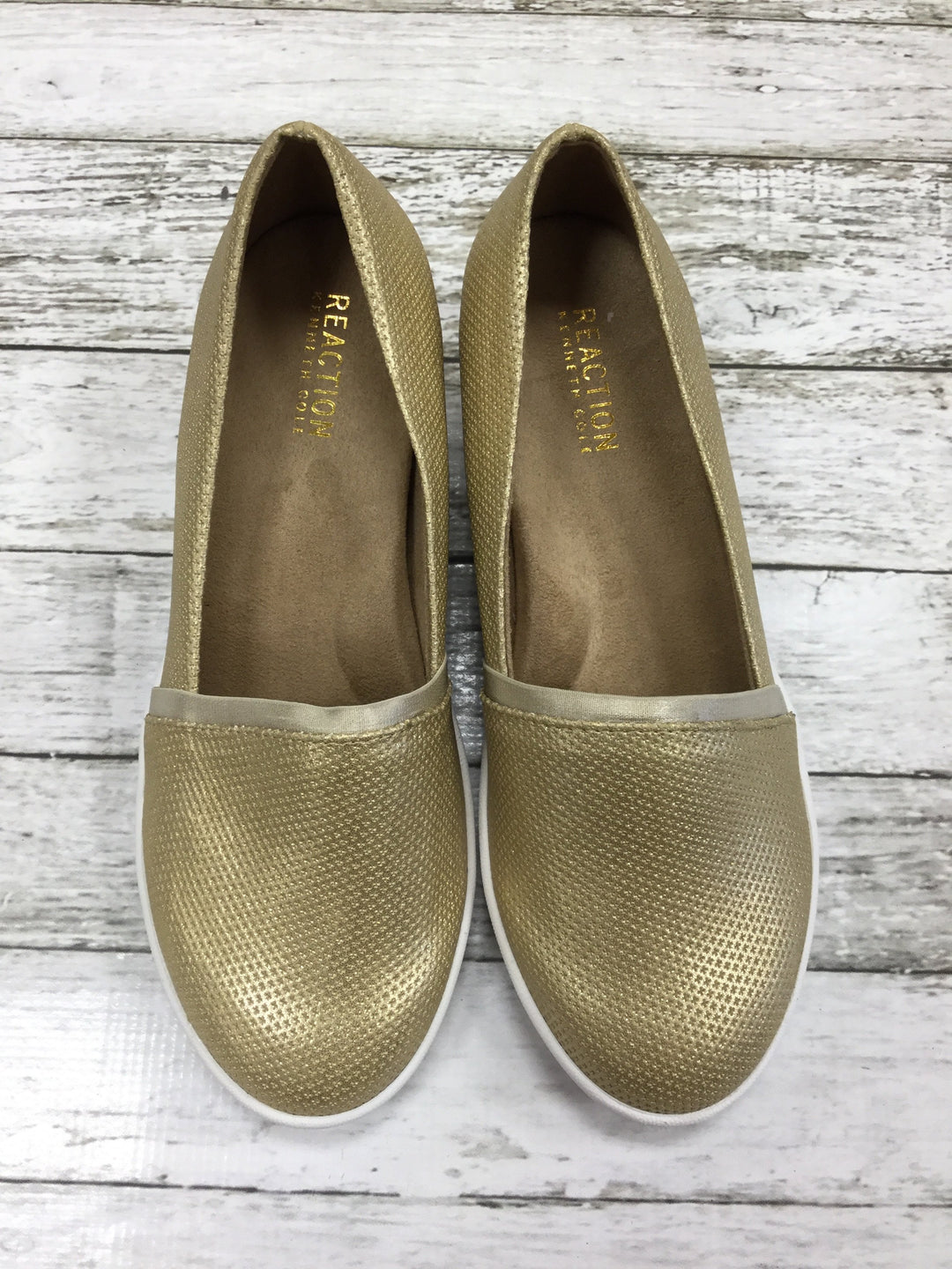 Primary Photo - brand: kenneth cole reaction , style: shoes low heel , color: gold , size: 8 , sku: 127-3371-43564