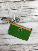 Primary Photo - brand: dooney and bourke , style: wristlet , color: green , sku: 127-4072-2134