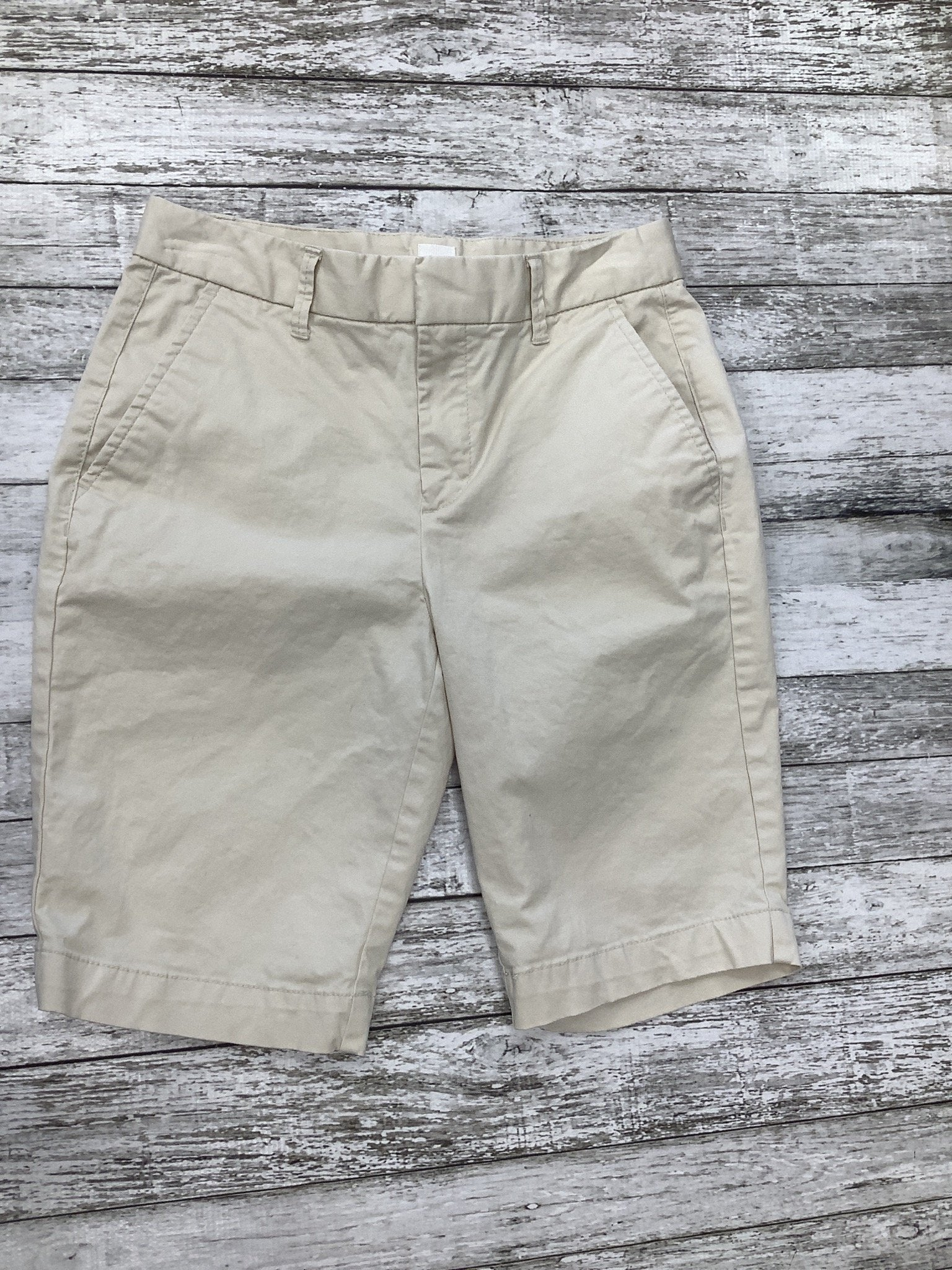 Primary Photo - brand: gap , style: shorts , color: cream , size: 0 , sku: 105-3221-8343