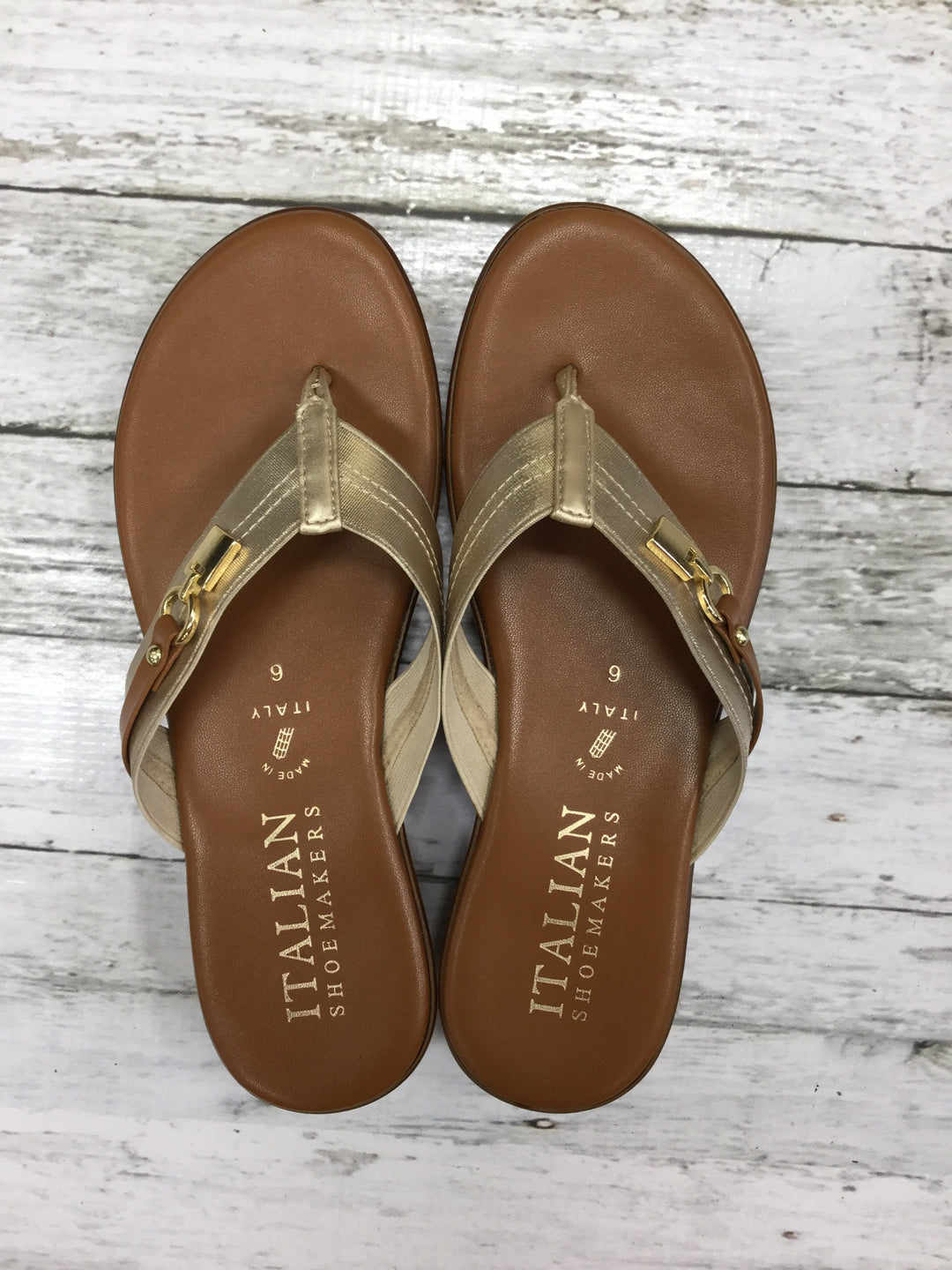 Primary Photo - brand: italian shoemakers , style: sandals , color: gold , size: 6 , sku: 127-3371-41060
