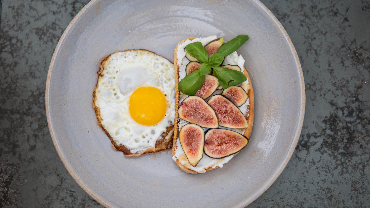 Fried Egg & Fig Toast