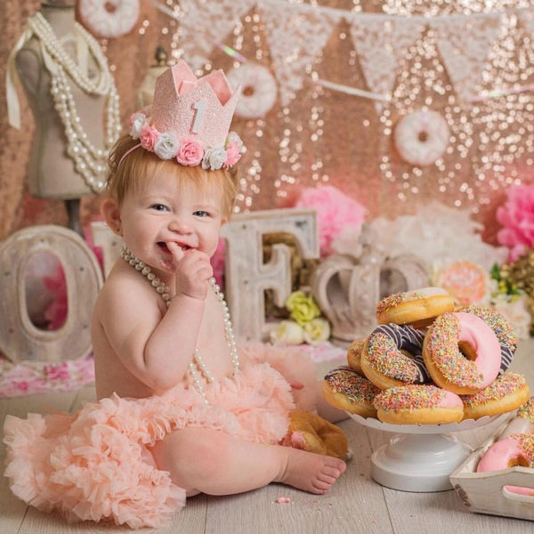 Blush Pink Birthday Crown with Flowers, 1st Birthday Crown, Birthday Outfit, Pink White, Party Hat, Cake Smash Photos, First Birthday Photos, Glitter Crown
