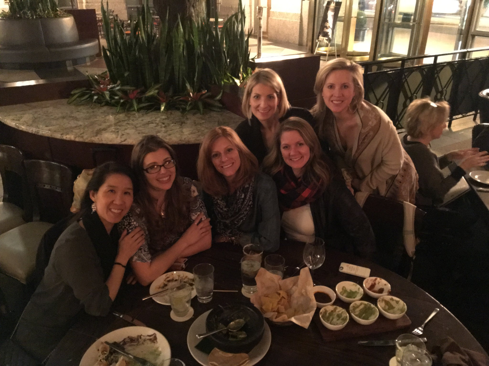 Baby Elephant Ears, Pello, Elizabeth Everly, Chelsea Hoffman, Jaq Jaq Bird, & Pully Palz  at dinner!