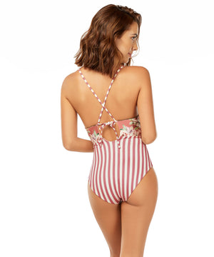 STILL GARDEN TRIANGULAR ONE PIECE
