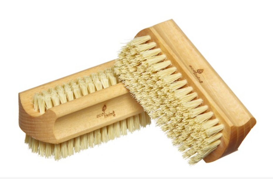 Sustainable Beech Wood Natural Nail Brush (FSC 100%)