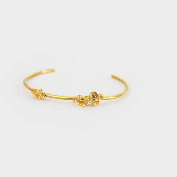 Origin Cabochon  Golden Bracelet