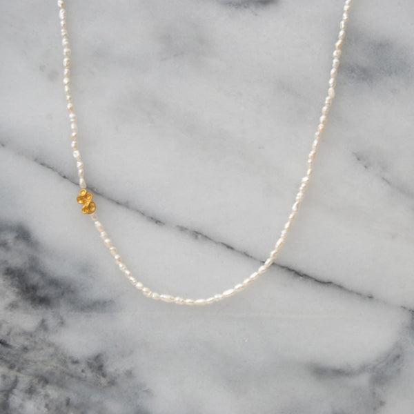 Origin Golden Small Necklace Pearls