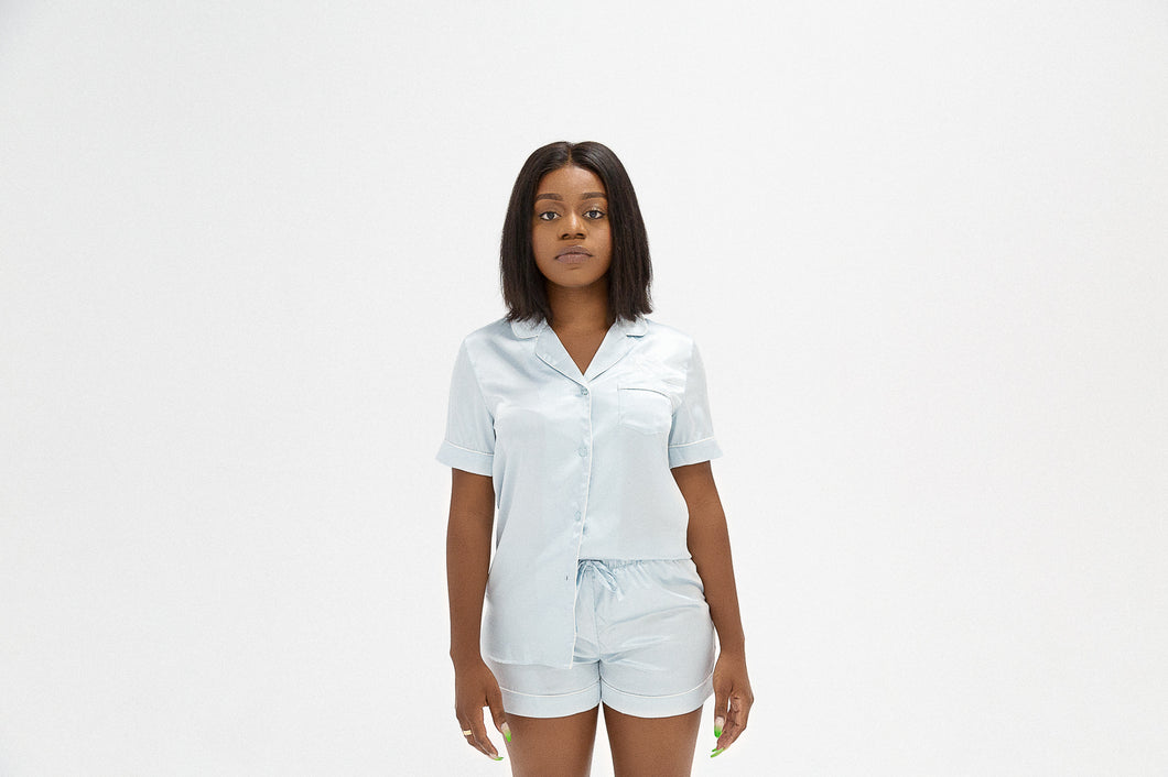 SHORT SLEEVE SATIN PAJAMAS - SKY BLUE