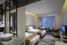 Load image into Gallery viewer, CARLTON HOTEL  l Deluxe Room l  2 Persons l Popiah Workshop